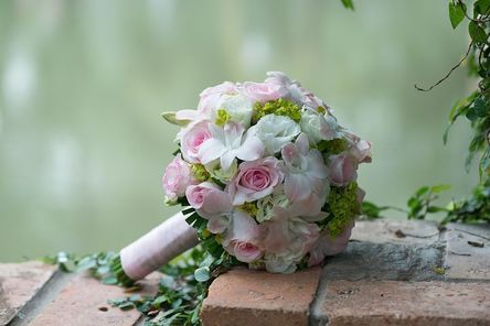 wedding-flowers-2948530__480.jpg